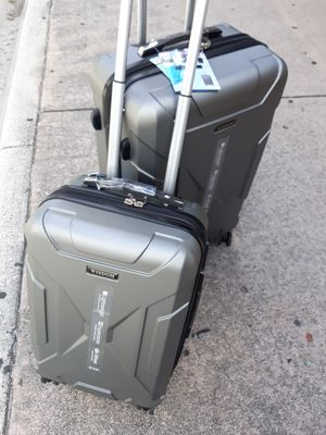 2 pc. Luggage set new for Sale in Miami, FL