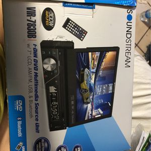 Car Stereo With Screen for Sale in Phoenix, AZ