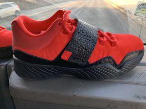 Jordan's size 10 for Sale in Oak Lawn, IL