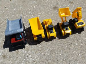 Lot of 5 cat construction toy vehicles for Sale in Davenport, FL