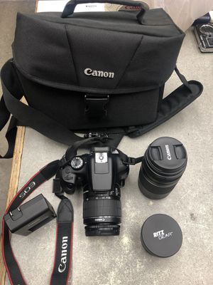 Canon rebel t6 with bag, charger, and 2 lenses for Sale in Long Beach, CA