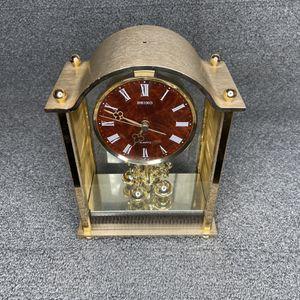 "Vintage SEIKO QW 532 G - 1 Gold-Toned 10"" Quartz Shelf Mantle Desk CLOCK for Sale in Los Angeles, CA"