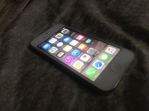iPhone 5 16gb sprint for Sale in New York, NY