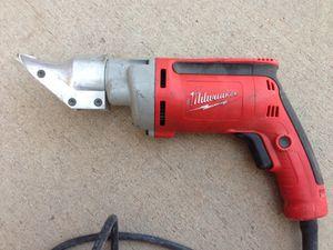 Milwaukee 18 gauge heavy duty shears for Sale in Tempe, AZ