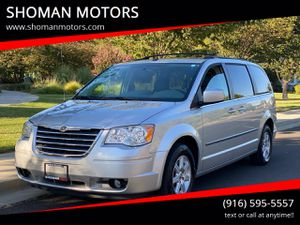 2010 Chrysler Town & Country for Sale in Davis, CA