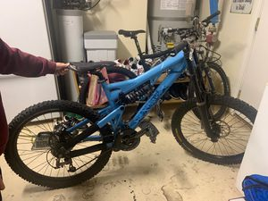 Cycleworks Intense racing // DownHill mountain bike for Sale in Las Vegas, NV