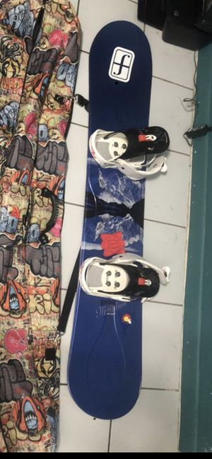 Ride Snowboard 162 with Bindings for Sale in Hialeah, FL