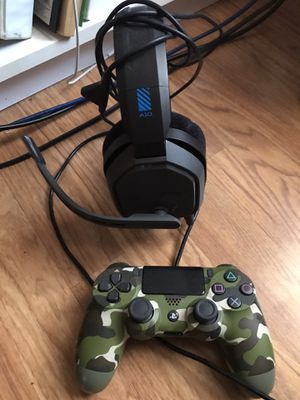 PS4 camo controller and gaming headphones Astro A10 for Sale in Stafford Township, NJ