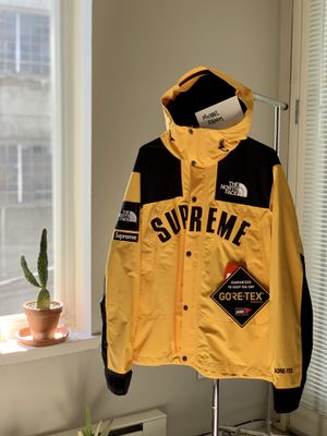 Supreme The North Face Arc Logo Parka for Sale in Oakland, CA