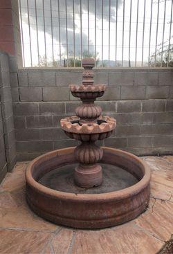Outdoor Concrete Fountain for Sale in Tucson,  AZ