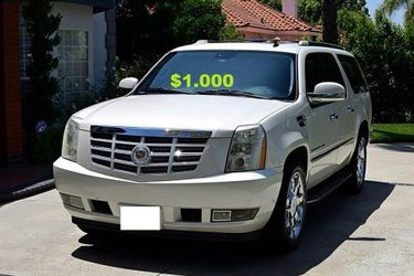 (0_0)💚$10OO URGENT I sell my car 2OO8 Cadillac Escalade Suv Runs and drives good! CLEAN TITLE.❤️🔑🔑 for Sale in Vancouver,  WA