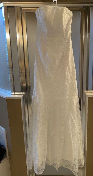 Wedding dress size Large for Sale in Orlando, FL