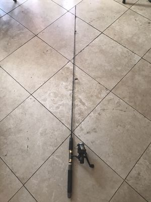 FISHING ROD RHINO for Sale in Los Angeles, CA