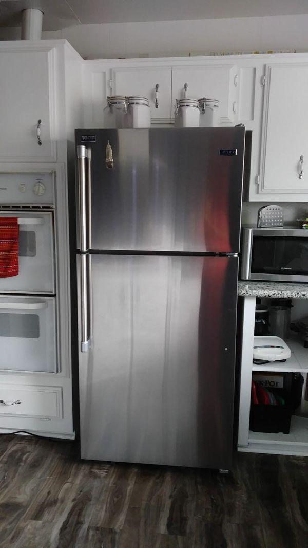 Maytag Refrigerator 18cu.ft.