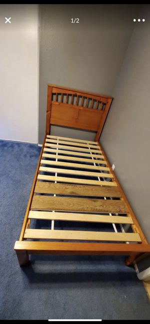 Twin size bed frame for Sale in Rancho Cucamonga, CA