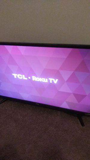 Tcl roku 32 inch tv for Sale in Atlanta, GA