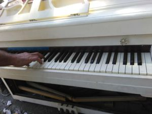 Lester piano working good shape in tune for Sale in San Jose, CA