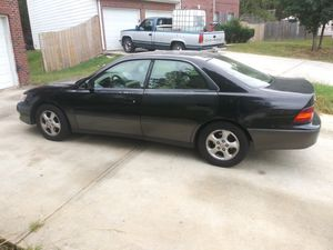 1999 Es300 Lexus run an drive in good condition with emission heat an air work for Sale in Lithonia, GA