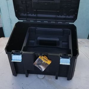 dewalt tool box for Sale in Anaheim, CA