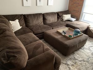 HhGregg Corinthian Wynn sectional and ottoman for Sale in Columbus, OH