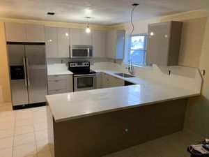 Kitchen cabinets all included for Sale in Medley, FL