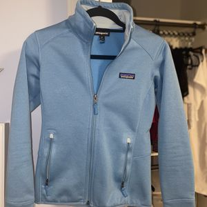 Beautiful Blue Patagonia for Sale in Orange, CT