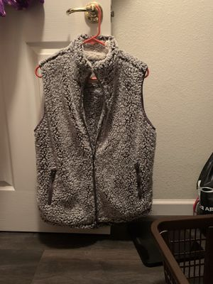 $5. Ladies Fleece Vest Medium, washed but never worn. for Sale in Rio Linda, CA