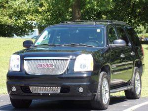 2008 GMC Yukon Denali for Sale in Madison, OH