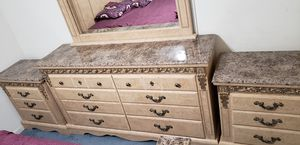 Queen Bed and Dressers for Sale in Stockton, CA
