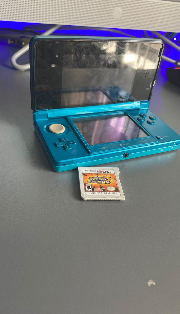 Nintendo 3ds with Pokemon:Ultra Sun