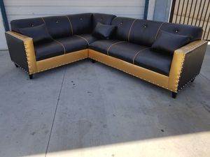 NEW 7X9FT BLACK LEATHER COMBO SECTIONAL COUCHES for Sale in Las Vegas, NV
