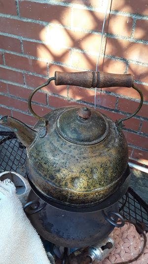 Antique kettle for Sale in Fort Worth, TX