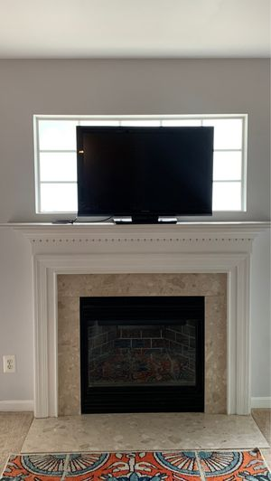 37' Toshiba Television for Sale in Sterling, VA