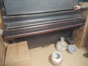 Free piano for Sale in Farmington, AR