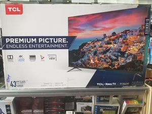 """43"""" LED SMART 4K ULTRA HDTV BY TCL WITH ROKU STREAMING. 5 SERIES BORDLESS TV for Sale in Los Angeles, CA"""