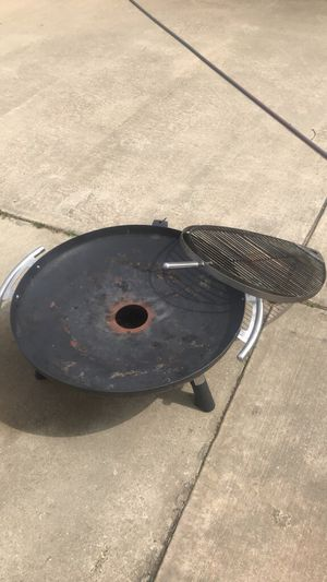 Camping grill for Sale in Jackson, MS