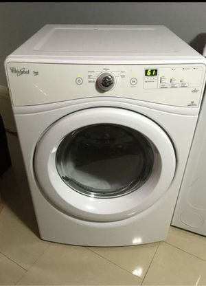 WHIRLPOOL DRYER LARGE CAPACITY WORKING PERFECTLY FINE for Sale in Pompano Beach, FL