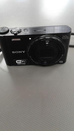 Sony DSC-WX300 Cyber Shot 18.2MP Digital Camera for Sale in Oakland Park, FL