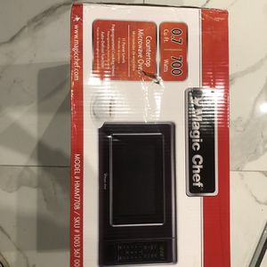BRAND NEW MAGIC CHEF MICROWAVE for Sale in Bakersfield, CA
