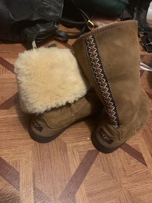 Ugg boots for Sale in Jan Phyl Village, FL