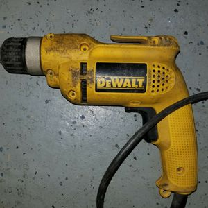 Dewalt R21008 Reversible Keyless Drill for Sale in Elmhurst, IL