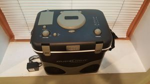 Rare Budweiser Cooler Box Radio w/Ipod Dock for Sale in Chicago, IL