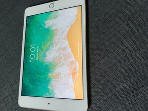 iPad mini 4th generation for Sale in Littleton, CO