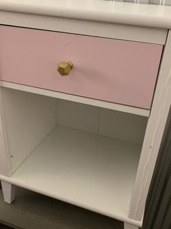 Kids Table With Drawer And Book Section for Sale in Woodbridge Township,  NJ
