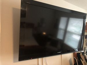 50' Sony with Control included for Sale in Kissimmee, FL