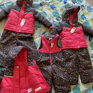 Snow Clothes For Your Baby for Sale in Surprise, AZ