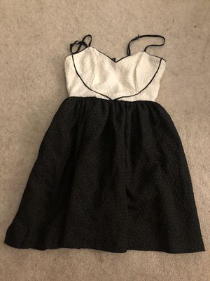 Black and white formal prom homecoming dress for Sale in Los Angeles, CA