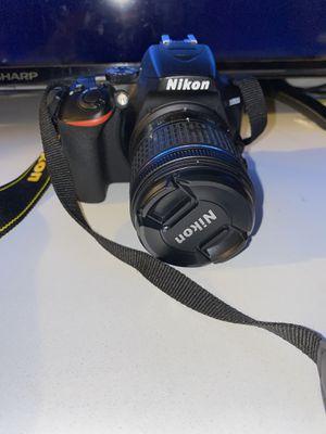 Nikon D3500 for Sale in Los Angeles, CA