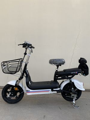 Electric bike electric scooter for Sale in La Habra Heights, CA
