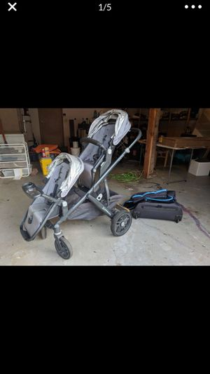 2016 Uppa Baby Vista Double Stroller and Bassinet for Sale in Edmonds, WA